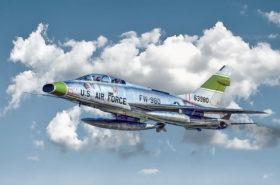 F-100 Super Sabre Italeri 1:72