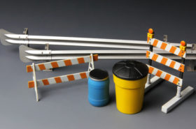 Barricades & Highway Guardrail 1:35
