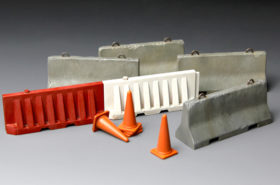 Concrete & Plastic Barrier Set 1:35