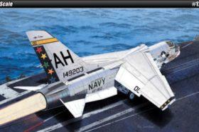 USN F-8E VF-162 The Hunters 1:72